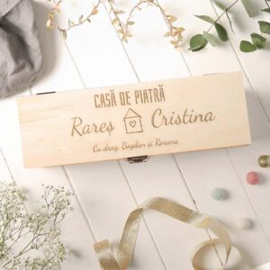 Cutie de vin personalizata casa de piatra